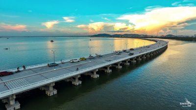 สะพานใหม่ชลบุรี เช็คอินชลบุรี ที่ท่องเที่ยวสุดฮิตของทุกวัย