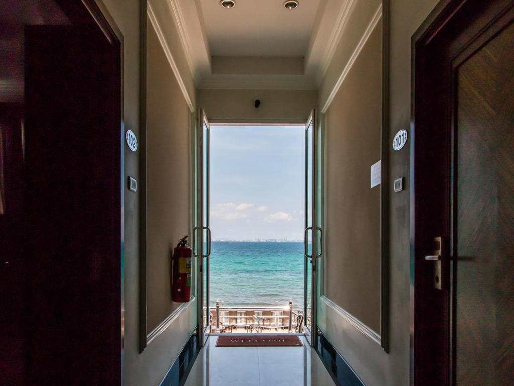 Suntosa Resort เกาะล้าน