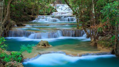 น้ำตกเอราวัณ เป็นน้ำตกที่อยู่ในอุทยานแห่งชาติเอราวัณ จังหวัดกาญจนบุรี
