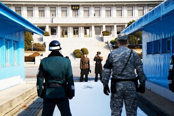 เขตปลอดทหาร