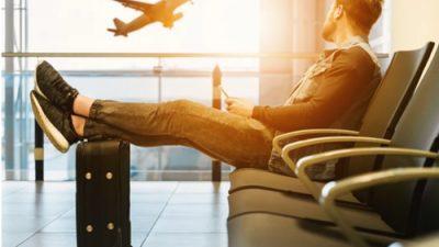 เที่ยวบิน มีปัญหาหลายคนสงสัยว่ามันจำเป็นหรือที่จะต้องมีประกันสำหรับเที่ยวบินดีเลย์ด้วยหรือ
